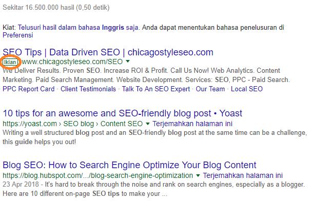 Contoh iklan yang biasanya ditampilkan di bagian atas hasil penelusuran Google berdasarkan kata atau frase kunci tertentu (misalnya, tips seo blog)