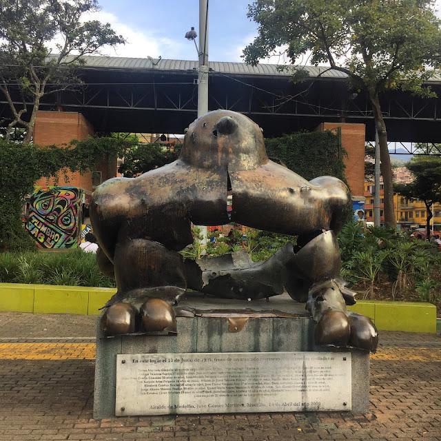 Atentado en Parque San Antonio Medellin