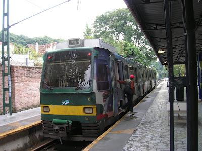 Tren de la Costa, Buenos Aires, Argentina, vuelta al mundo, round the world, La vuelta al mundo de Asun y Ricardo