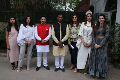 Noted designers to promote Ahimsa Silk and Khadi:The Fabric of Freedom and Harmony