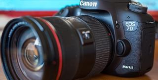 Kamera SLR Canon Masih Diminati Hingga Kini