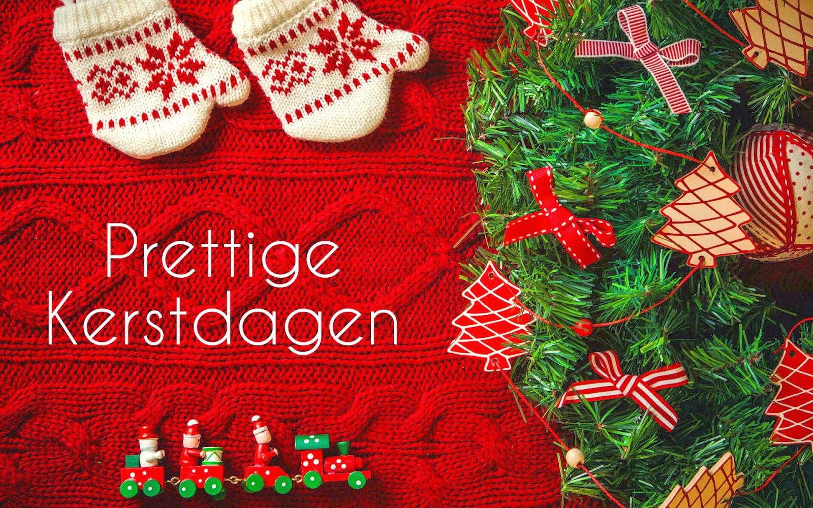 Kerstboom en de tekst prettige kerstdagen