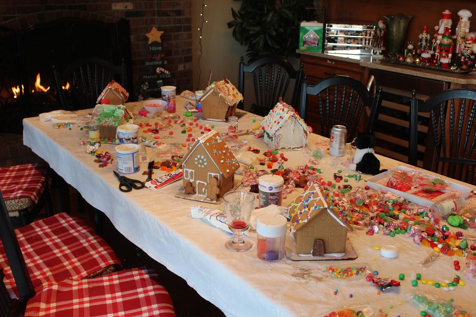 Tice 39 S Tidbits Getting Festive Decorating Gingerbread