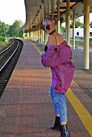 http://www.karyn.pl/2017/08/spodnie-z-wysokim-stanem-i-koszula-w.html