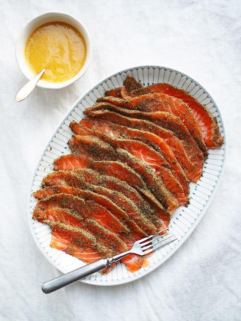 fenkoligraavattulohi, graavilohi-fenkolilla, sinappikastike-lohelle, graavilohi, gravlax-with-fennel, fennel-flavored-gravlax