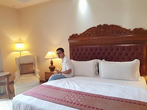 PENGALAMAN MENGINAP DI HOTEL ROYALE CHULAN KUALA LUMPUR JALAN CONLAY