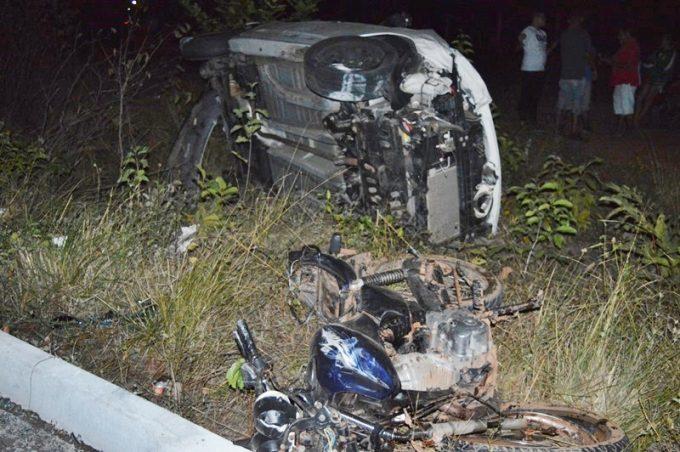 Colisão entre carro e moto deixa dois mortos na BR-343, Norte do Piauí