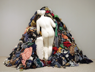 https://www.ilpost.it/2013/06/25/michelangelo-pistoletto/view-of-a-sculpture-by-michelangelo-pist/