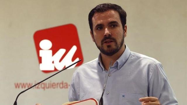 """Alberto Garzón: """"El motín de la oligarquía en el PSOE"""""""