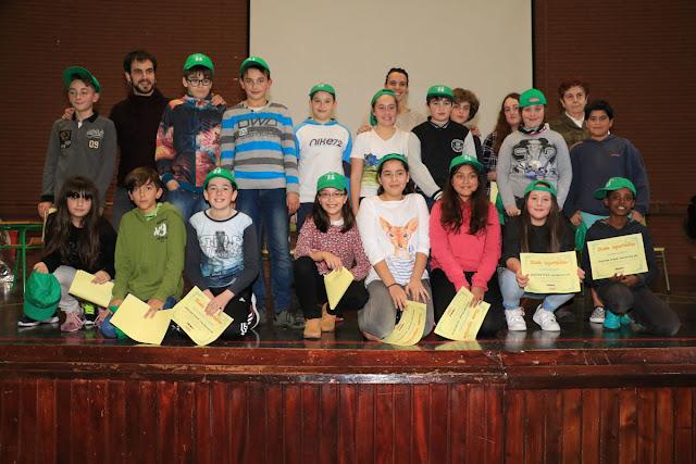 Los 18 escolares acreditados con ayudantes de estudiantes