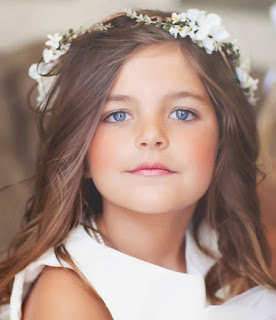 Pretty Awesome Long Hairstyles for Flower Girls