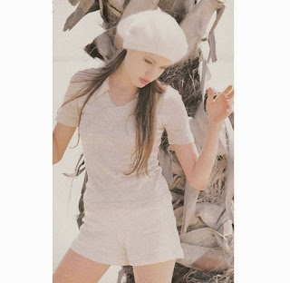 Angelina Jolie Waktu Remaja 18