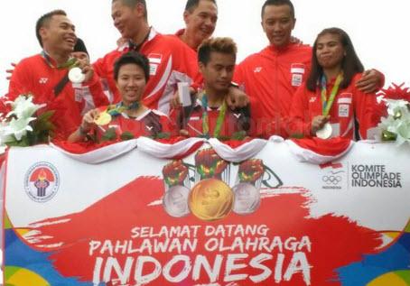 Kehebohan Parade Pahlawan Olahraga 2016 Warnai Ibu Kota Masuk Trending Topik Twitter.