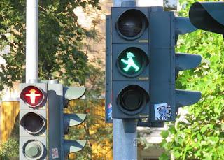 cruzar paso peatones