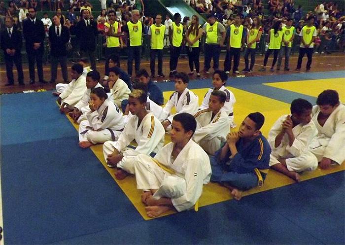 c49d514bdaa Aqui tem notícias do judô  Santos  Colégio Jean Piaget realizou o VII  Festival de Judô