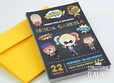 convite super heroínas chalkboard