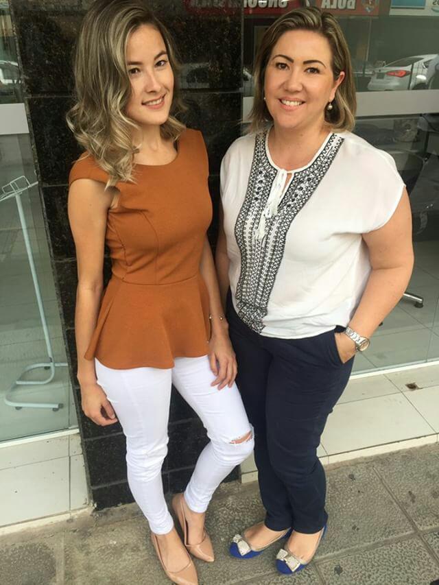 Ally Arruda e Milena, representante Felps Professional