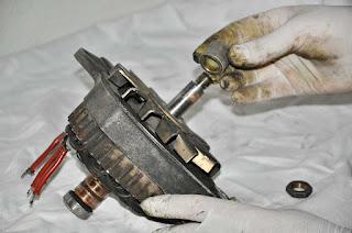 alternador-alternator Valeo 436193 despiece polea-casquillos-chavetas