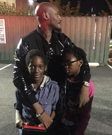 2face idibia visits kids us