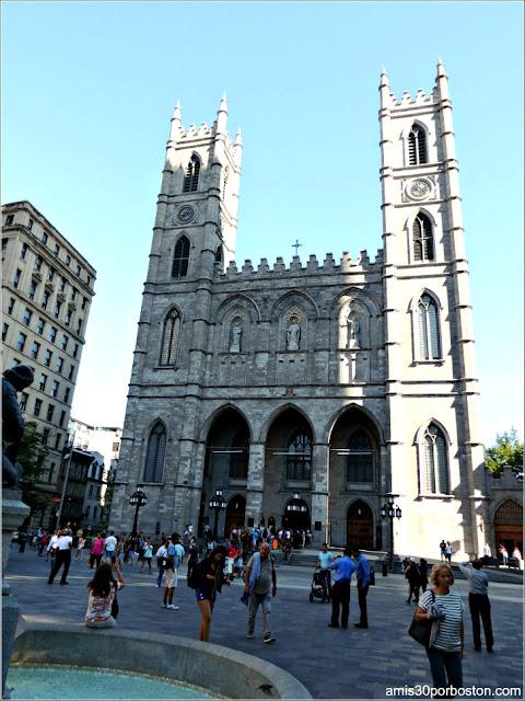 Principales Atracciones Turísticas en Montreal: Basílica Notre-Dame