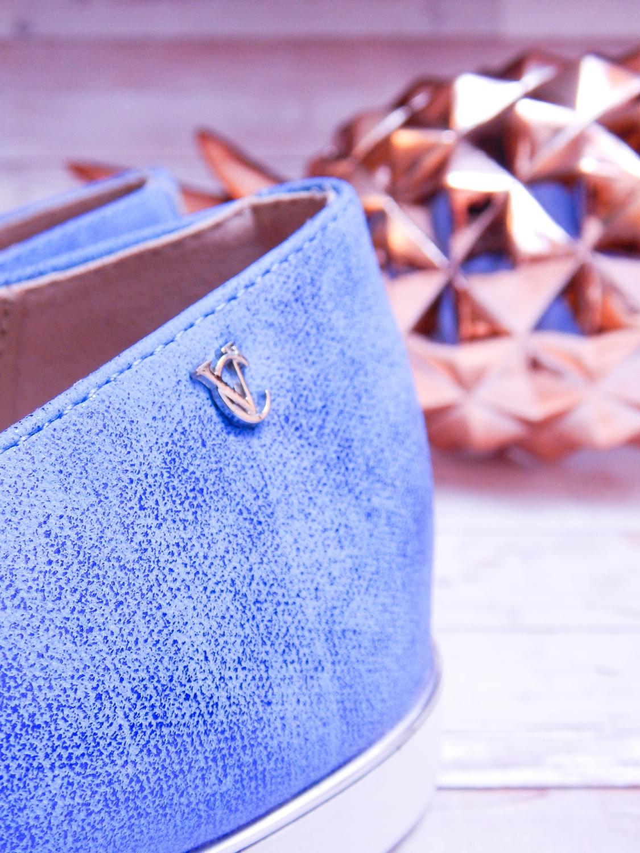 7 renee jasnoniebieskie mokasyny pineapple ananas buty obuwie renee obuwie damskie półbuty buty na wakacje wygodne z aplikacjami wyszywane vices recenzja partybox gadżety na stół urodzinowy