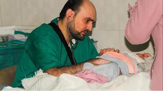 Le docteur Maaz est décédé en Syrie suite à des bombardements de son hôpital.