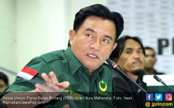 Jadi Lawyer Jokowi, Yusril Buka Alasan Ogah ke Prabowo-Sandi