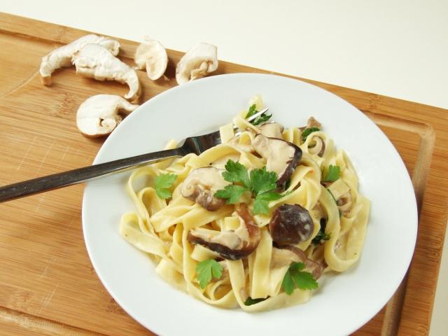 Creamy Garlic Mushroom Pasta.