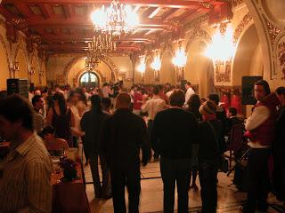 http://lasastresa.blogspot.ro/2009/04/bucharest-tango-encuentro-festival-has.html