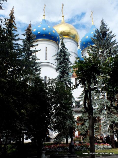 cúpulas del monasterio sergiev posad