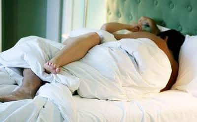 बेबी डिलीवरी के बाद कब और कैसे शुरू करें सेक्स - Sex after delivery