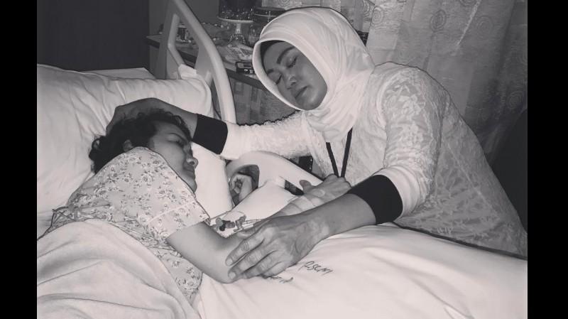 Julia Perez dan sang ibunda