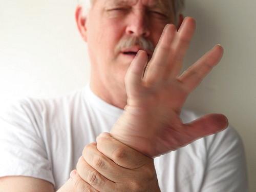 Apa Itu Penyakit Tremor? Ini Dia Gejala, Penyebab Dan solusi Mengatasinya