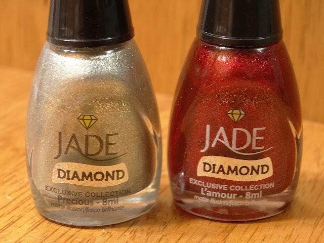 Esmalte Jade Precious e Lamour + Carimbada HK 05 e 09