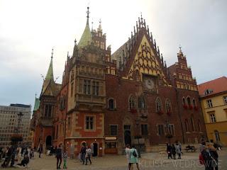 http://kluski-wedrowne.blogspot.com/2017/12/spacer-po-wroclawiu.html