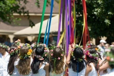Maypole Dance Spirit | British culture