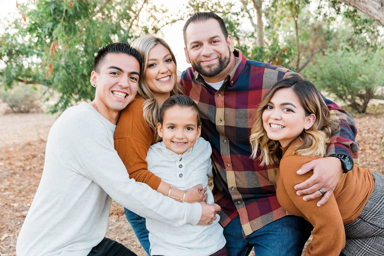 Family: The Gonzales Family {Fall Mini}   Your Life, Your Story