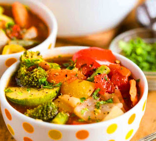 Weight Loss Vegetable Soup - Weight loss recipes, Healthy soup recipes, Weight loss meals, Detox soup, Weight watchers soup, Diet soup. weight loss soup Fat Flush recipes, Cabbage, 7 Day, To Shed, 10 Pounds, Crockpot, Lose Belly. #weightlosssoup #weightlosssoupcabbage #weightlosssoupvegetable #weightwatcherssoup