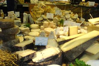 Mes Adresses : Chez Virginie, fromagerie de tradition, histoire de famille - Paris 18