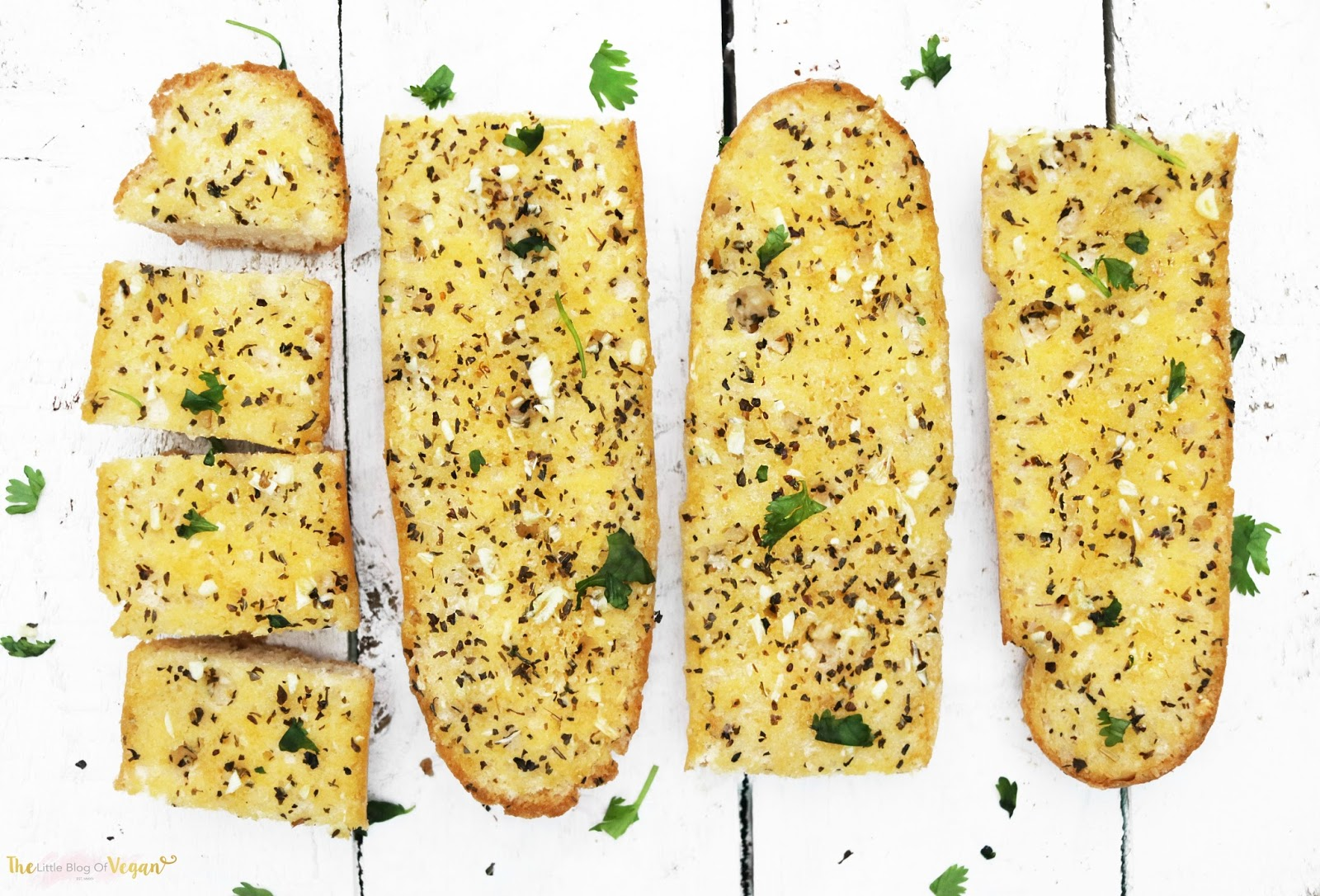 The best vegan garlic bread recipe the little blog of vegan i cant remember a christmas without a huge pile of buttery garlic bread on the dinner table forumfinder Gallery