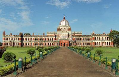 Cooch Bihar Palace of Mugal Era lies at the Indo-Bangladesh Border