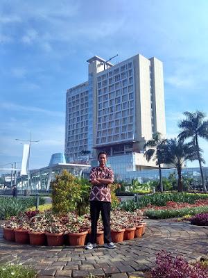 Ilham Guntara di The Margo Hotel, Kota Depok www.guntara.com