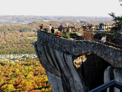 House On Top Of Lookout Mountain: Redefining The Face Of Beauty : TOP 10 THINGS TO DO IN