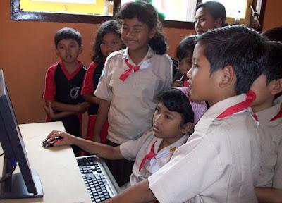 Banyak sekolah belum dapat akses internet