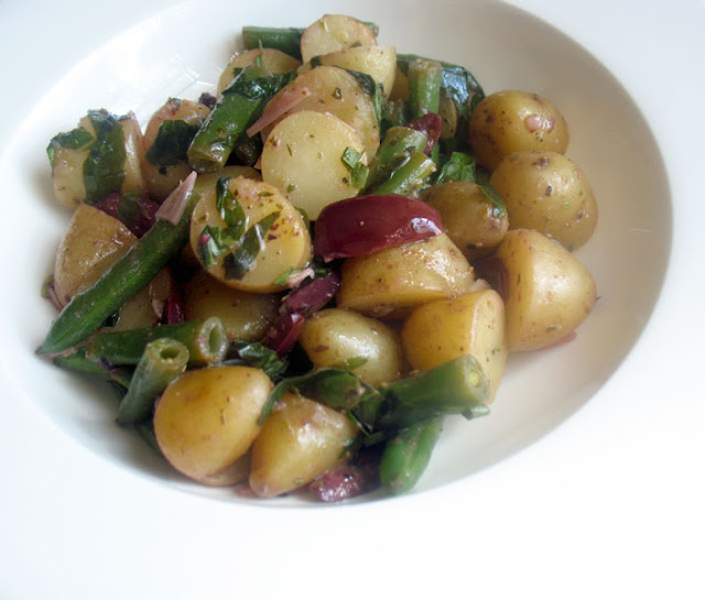 Potato Salad with Green Beans and Fresh Basil
