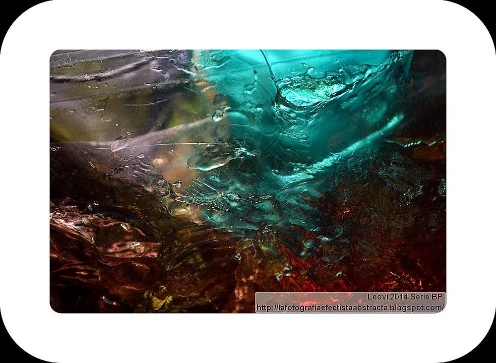 Foto Abstracta 3105  Latidos de un corazón de agua - Heartbeat water