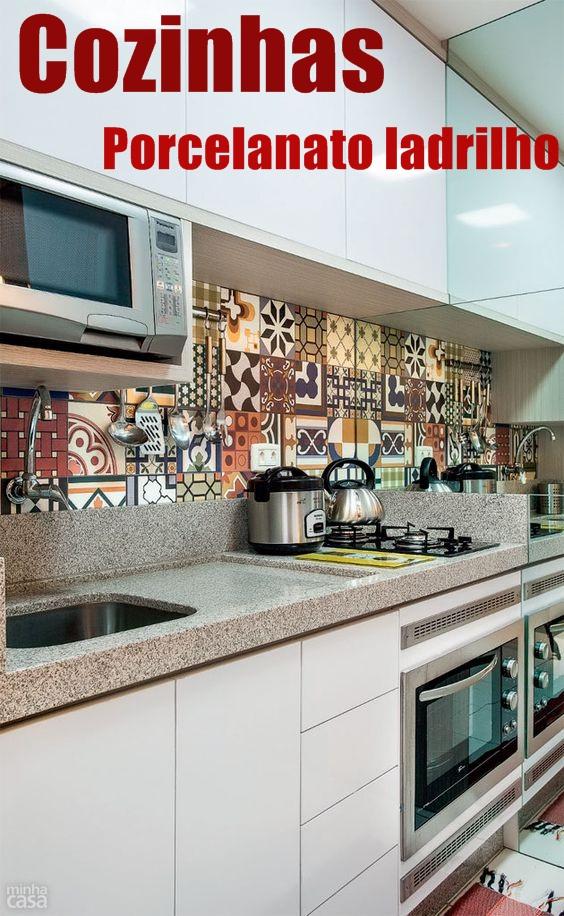 10 Cozinhas com revestimentos de porcelanato ladrilho!  Jeito de Casa  Blog # Bancada De Cozinha Revestimento