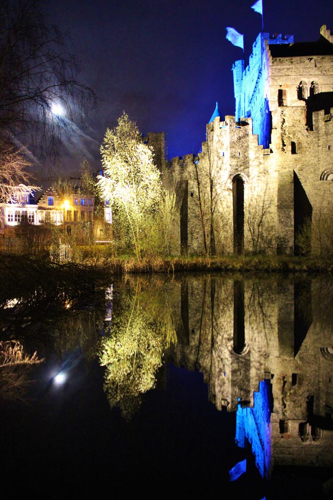 chateau des comtes de flandre gand