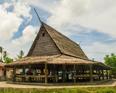 Rumah Baileo Maluku
