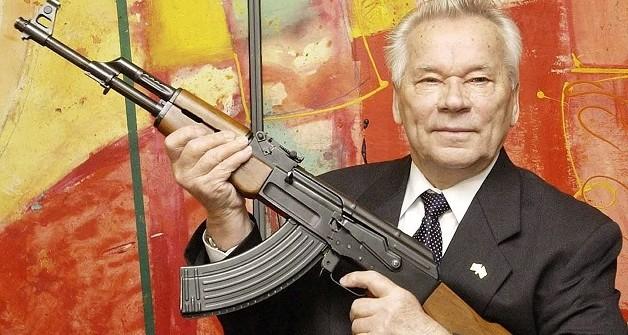 ميخائيل كلاشينكوف